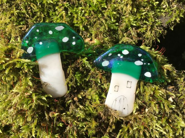 Little Magical Mushroom~ Emerald Green