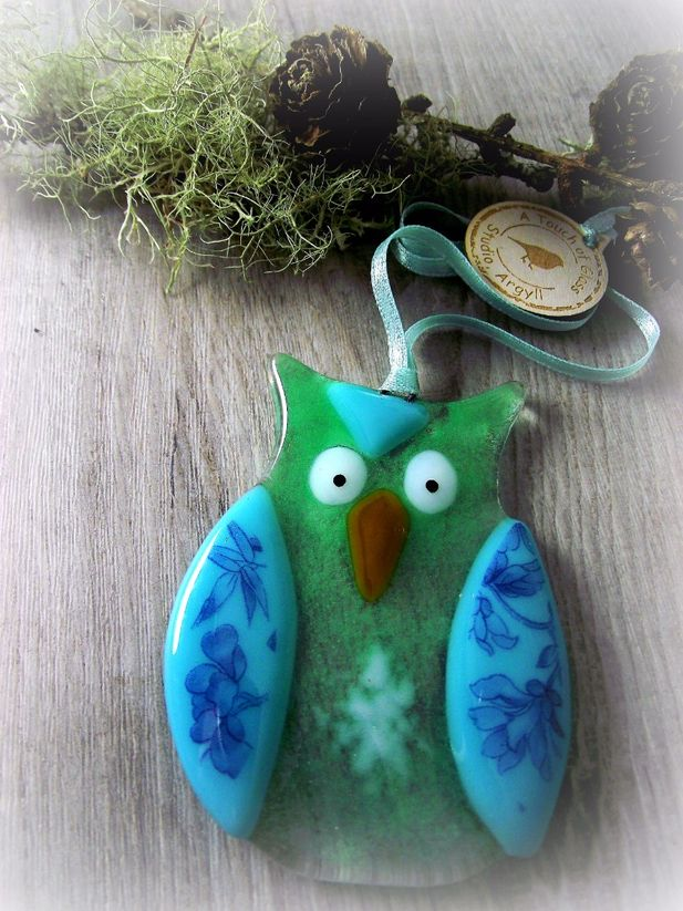 Emerald Glass Owl Decoration