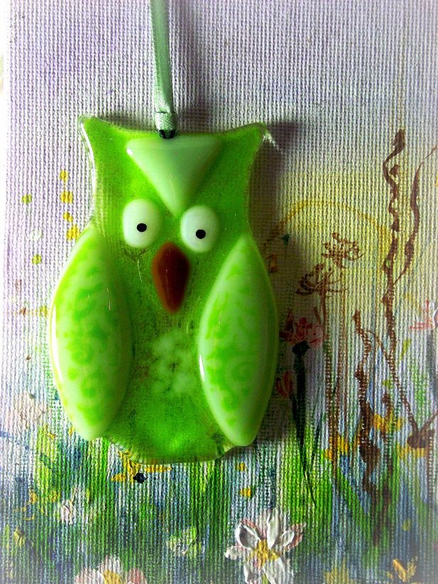 Green glass owl decoration
