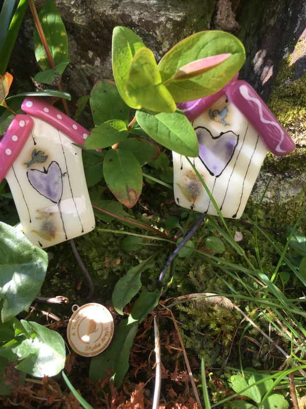 Little Bird House Garden Stake Decoration~Pinks